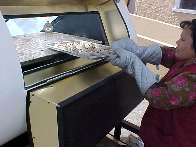 File:Villager Baking Cookies.jpg