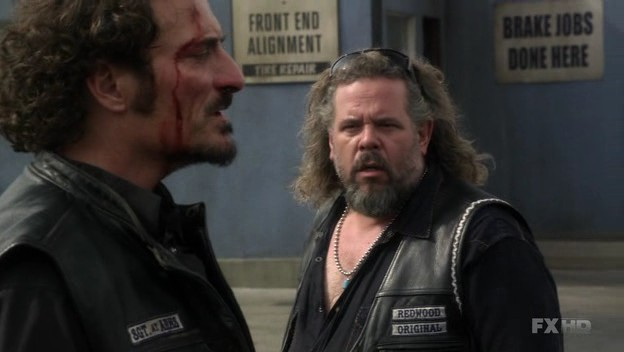 service sons of anarchy fandom powered by wikia. Black Bedroom Furniture Sets. Home Design Ideas