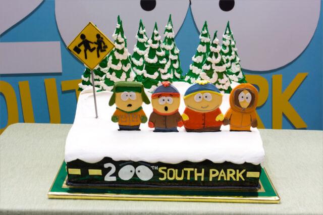 File:South Park 200 Cake.jpg