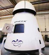 23549 21400 spacex-dragon
