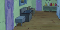 SpongeBob Checks His Snapper Chat (gallery)