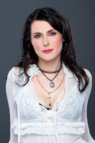 File:Sharon den Adel.jpg