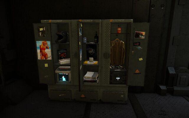 File:Lockerfau1.jpg