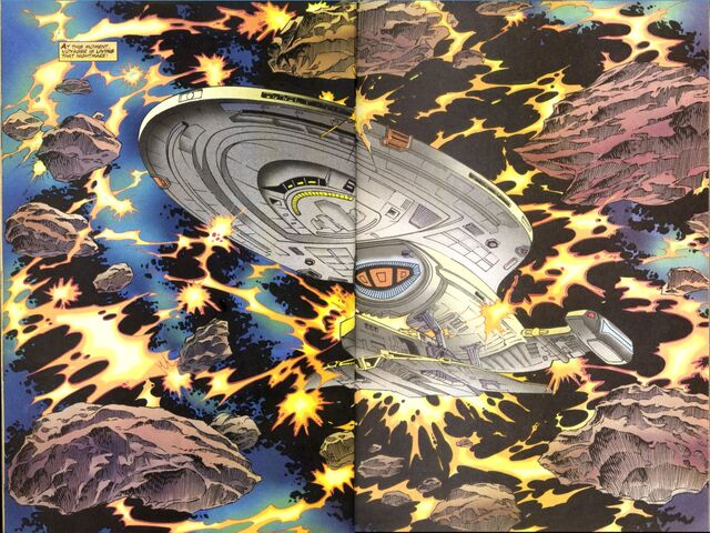 File:Voyager grapples talaxian ship.jpg