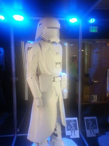 File:First Order Snowtrooper The Force Awakens Exhibit.jpg