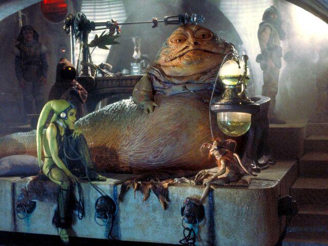 File:Jabba's dais.jpg