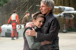 Han and Leia hug TFA
