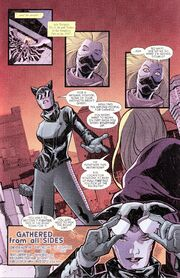 Catwoman 42 page 29