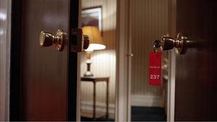 Shining-room-237-4001