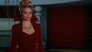 Anastasia Outfit W04 02