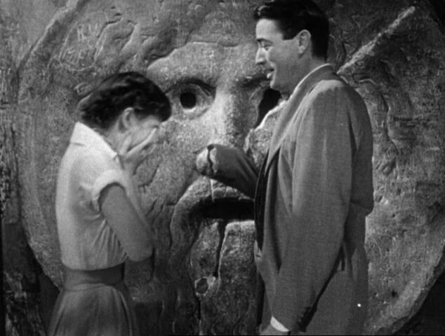 File:Audrey Hepburn and Gregory Peck at the Mouth of Truth Roman Holiday trailer-1-.jpg