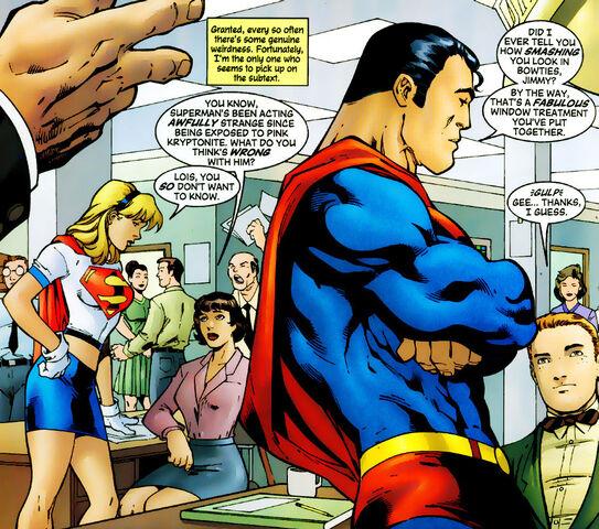 File:Pink kryptonite supergirl 79.jpg