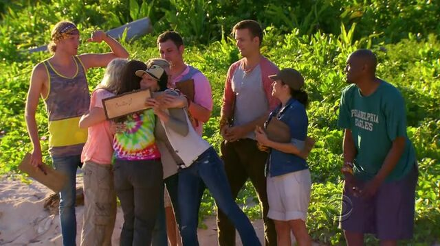 File:Survivor.s27e01.hdtv.x264-2hd 0500.jpg
