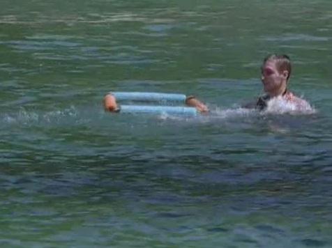 File:Survivor.S07E02.DVDRip.x264 040.jpg