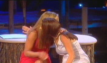 File:UK Jackie + Charlotte VO.jpg