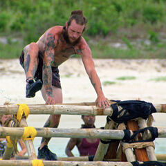 Jason competing in the Immunity Challenge.