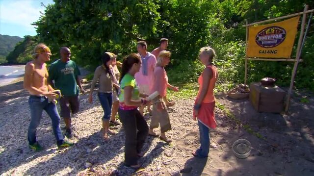 File:Survivor.s27e01.hdtv.x264-2hd 0596.jpg