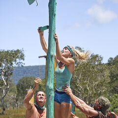 Kelley competing for tribal reward.