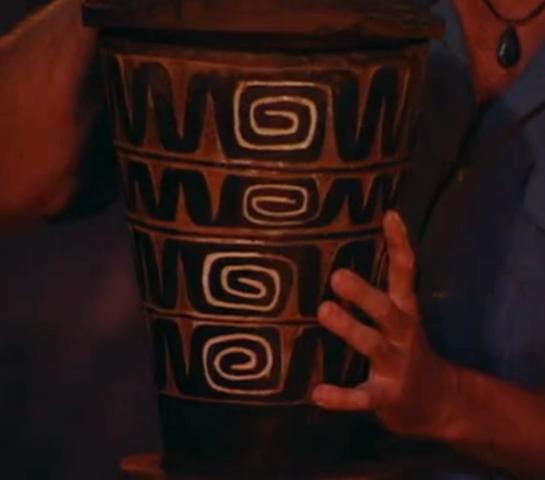 File:Australia urn 1.png