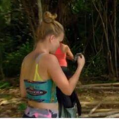 Abi-Maria finds her bracelet in <a href=