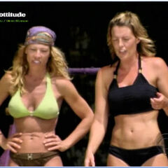 Ami and Tracy competing for Immunity.