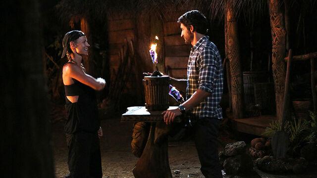 File:Australian-Survivor-Episode-7-Tribal-Council-Saanapu---Kylie-Plays-Her-Idol.jpg