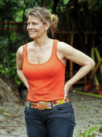 File:Lisa-whelchel-survivor.jpg