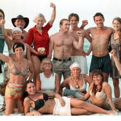 The cast of Expedition Robinson 2001 (minus jokers Bo and Sara)