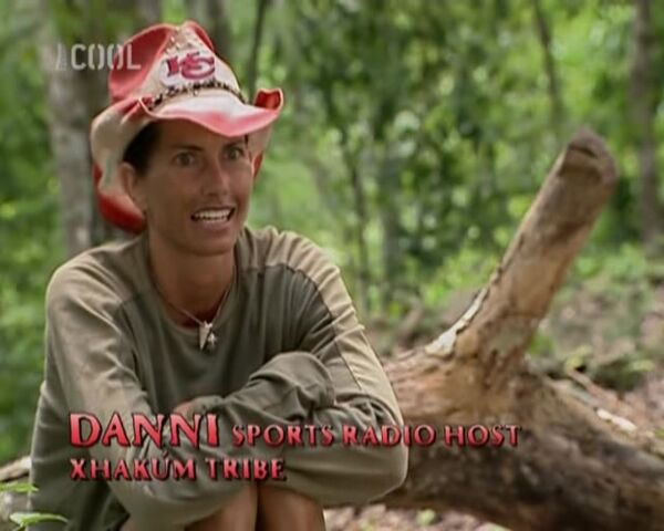 File:Survivor.S11E08.The.Hidden.Immunity.Idol.DVBS.XviD.CZ-LBD 179.jpg