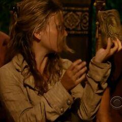 Abi revealing her Immunity Idol at <a href=