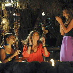 Kim wins <i>Survivor: One World</i>