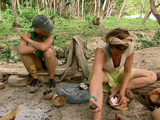 File:Survivor.Vanuatu.s09e02.Burly.Girls,.Bowheads,.Young.Studs,.and.the.Old.Bunch.DVDrip 403.jpg