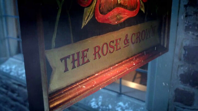 File:RoseAndCrown-sign.jpg