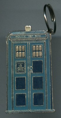 File:BOX SET The Crusade EXTRA TARDIS Keyring.jpg