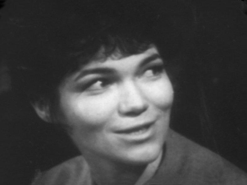 Tina Packer as Anne Travers