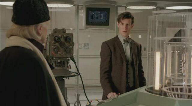 File:First Doctor and Matt Smith.jpg