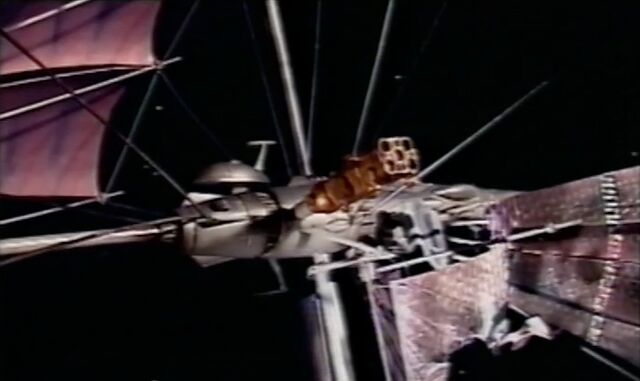 File:Sontaran shuttle docked with Tiger Moth.jpg