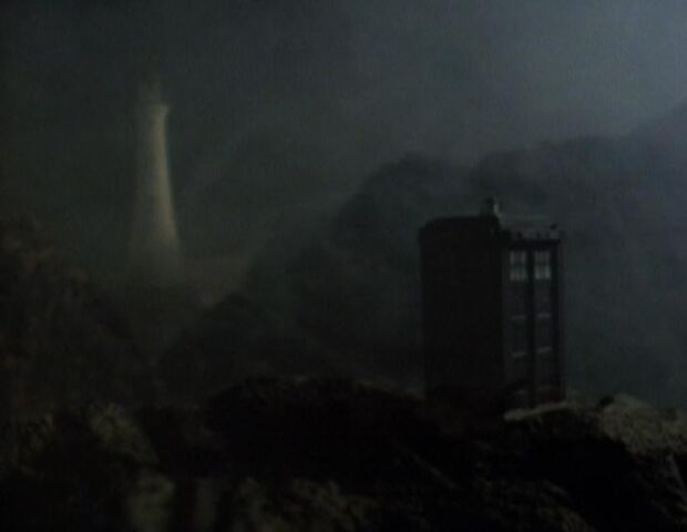 File:TARDIS in the fog.jpg