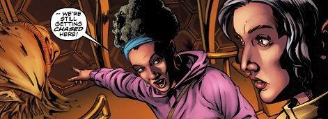 File:Four Doctors Issue 2 Reapers break into TARDIS 2.jpg