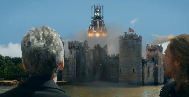 File:Castle take off.jpg
