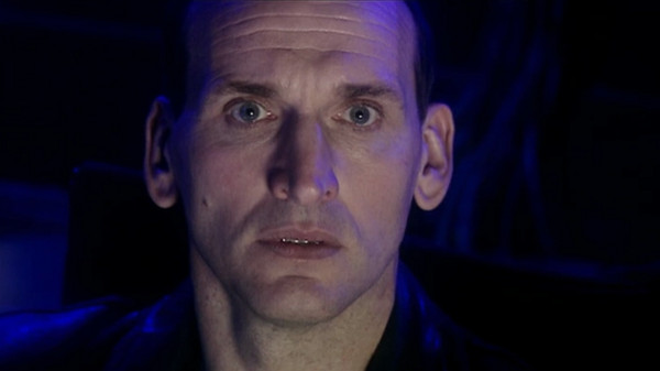 File:Ninth Doctor discovers Dalek ships.jpg