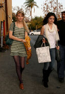 Taylor+and+Selena+s+lunch+date+-Grl7CoTOM5l
