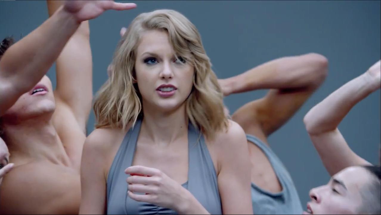 Taylor Swift Shake It video underwear commercial mockery 2