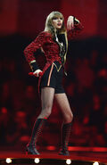 Taylor+Swift+MTV+EMA+2012+Show+-iWFTW3RNpWl