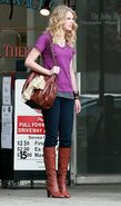 Taylor Swift Outside Jerry44s Deli in LA 122 89lo