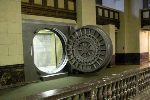 Teen wolf season 3 behind the scenes the majestic halls bank vault