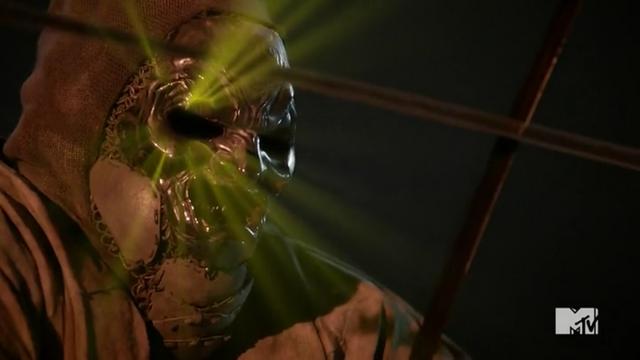 Datei:Teen Wolf Season 5 Episode 13 Codominance Oni dying.png