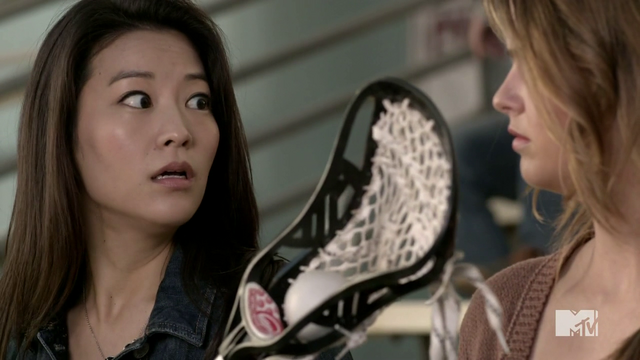 Datei:Teen Wolf Season 4 Episode 3 Muted Kira's catch.png