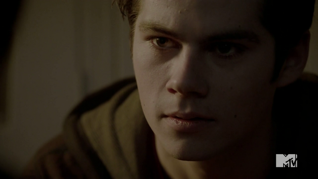 Datei:Teen Wolf Season 3 Episode 24 The Divine Move Stiles Recovered.png