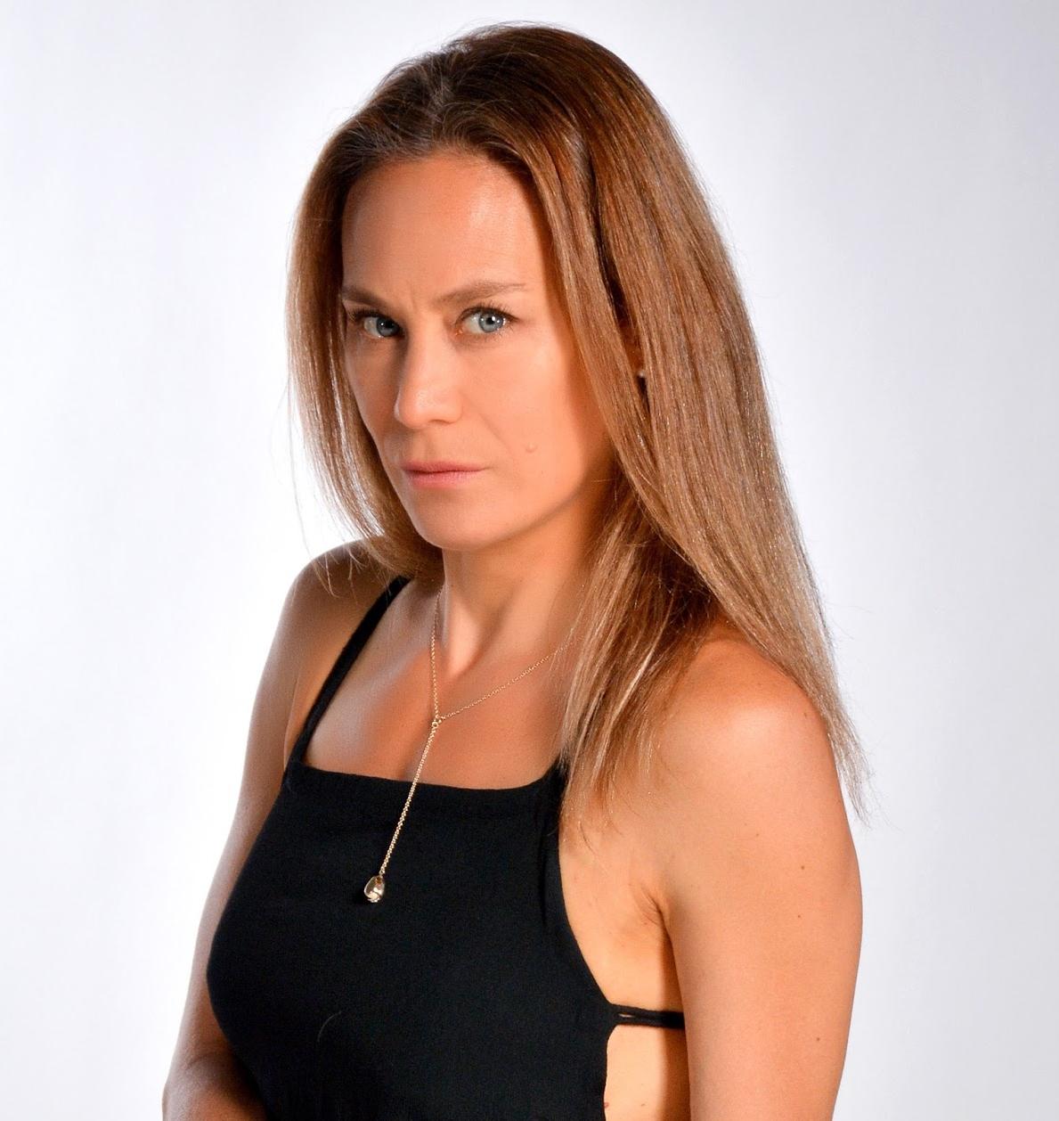 Viviana Rodriguez Nude Photos 91